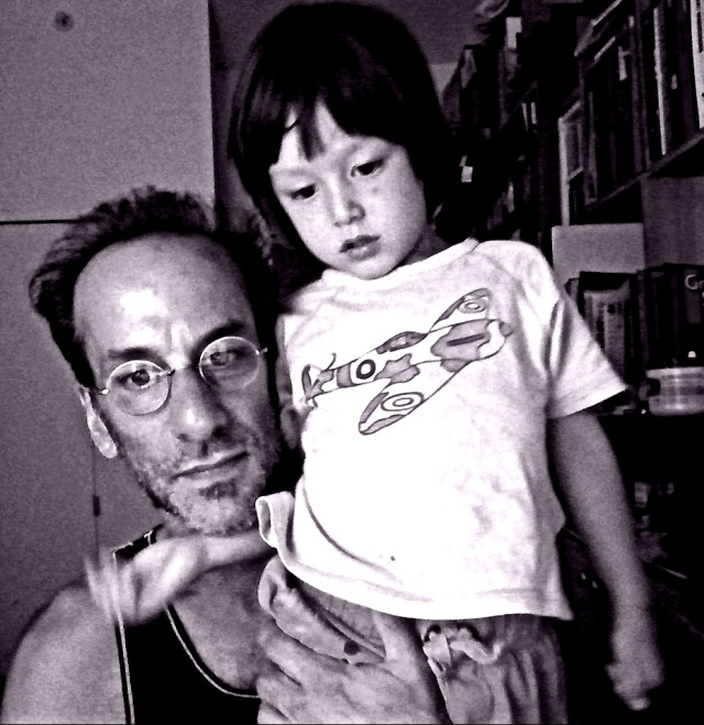 rui and daddy w camera B